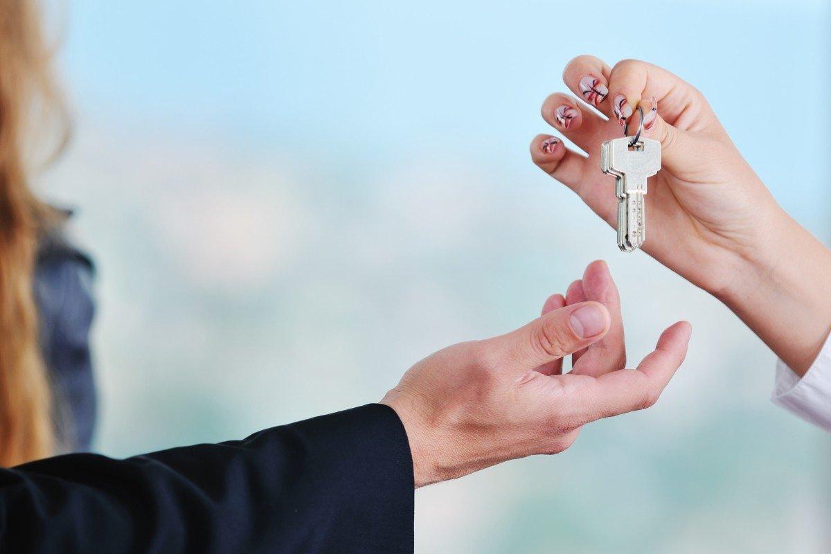 Зачем пожилой паре переезжать из трехкомнатной квартиры в однокомнатную Вдохновение,Советы,Возраст,Дом,Жилье,Квартиры