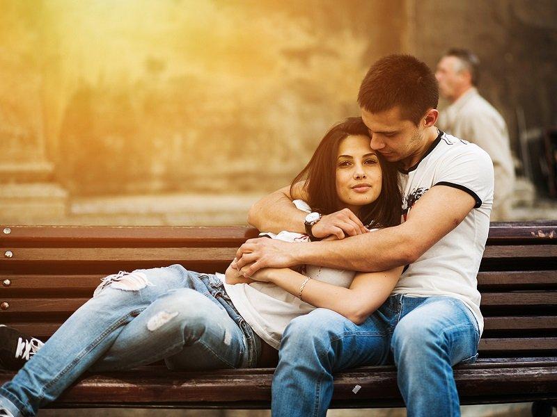 мужчина и женщина нежность