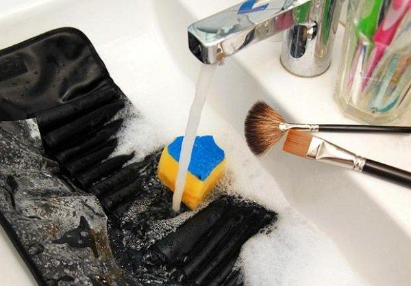 мыть кисти для макияжа