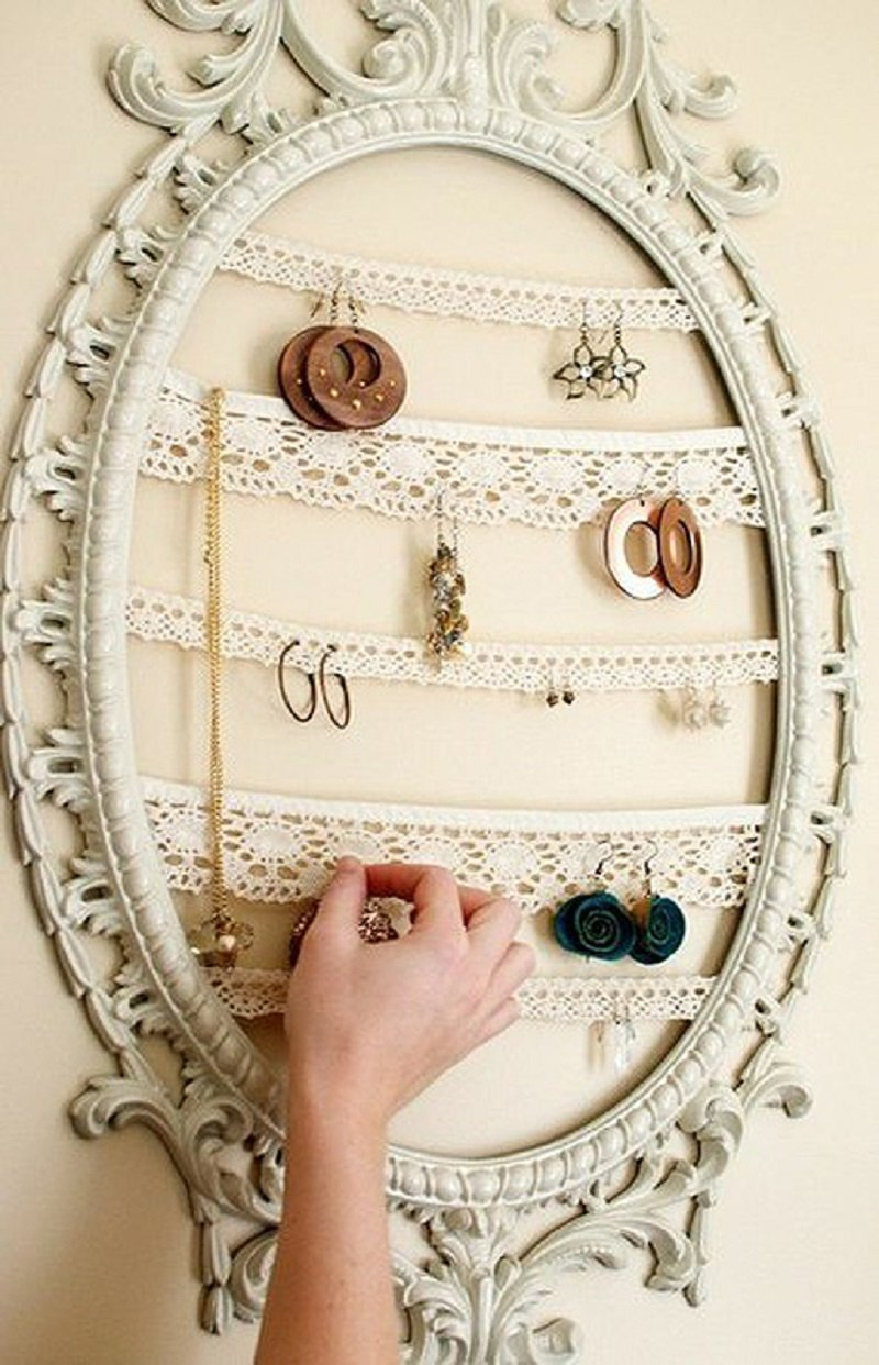 зеркало и украшения