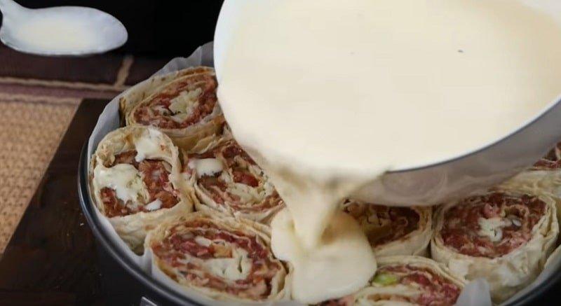 Ленивый пирог с мясом и как его готовит цыганка Видео,Кулинария,Выпечка,Лаваш,Лайфхаки,Мясо,Пироги,Продукты