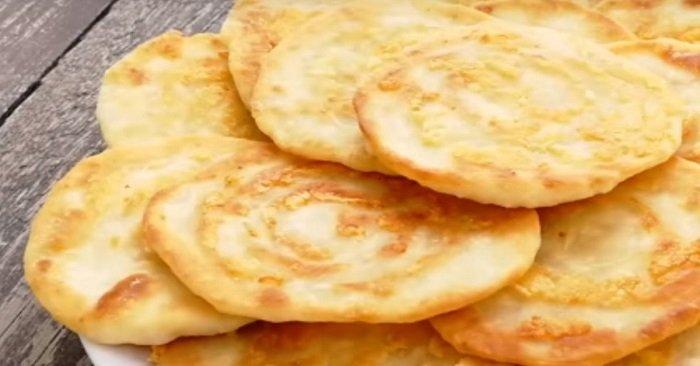 лепешки на кефире с сыром