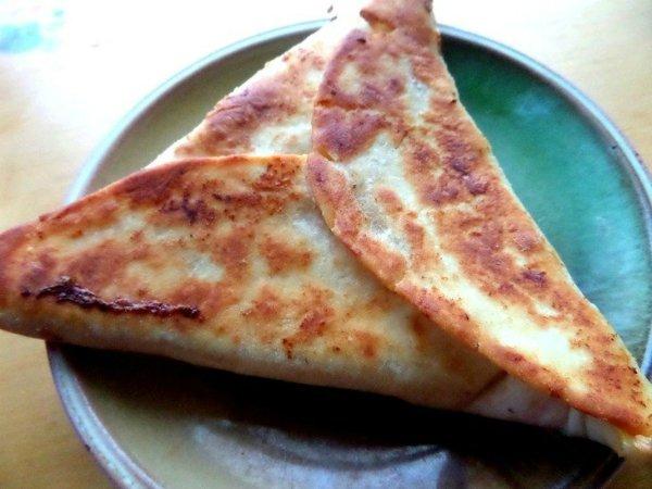 лепешки из лаваша с сыром