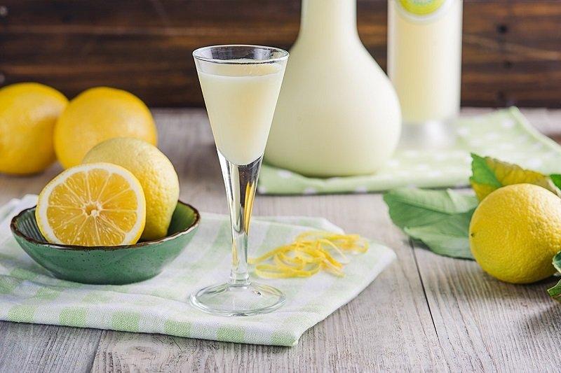 вкусный лимонный ликер