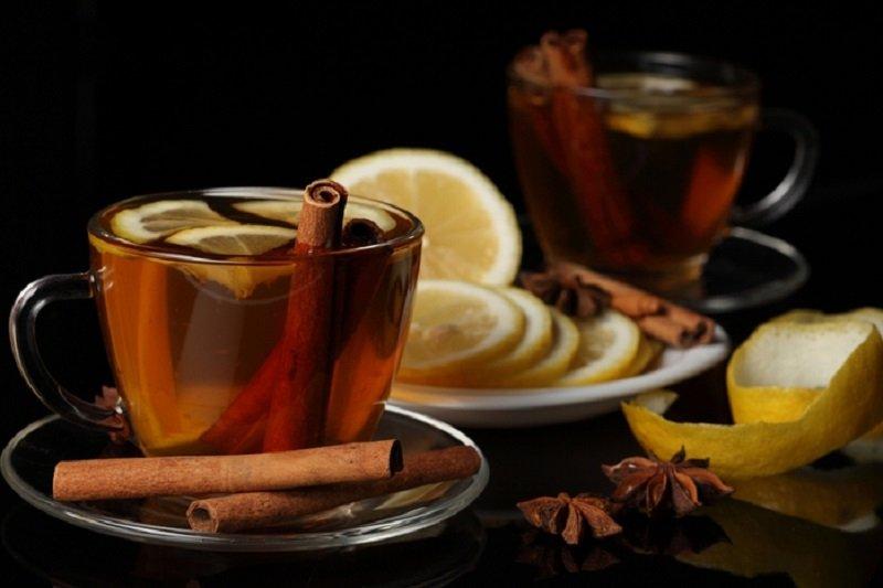 Чай с корицей и лимоном