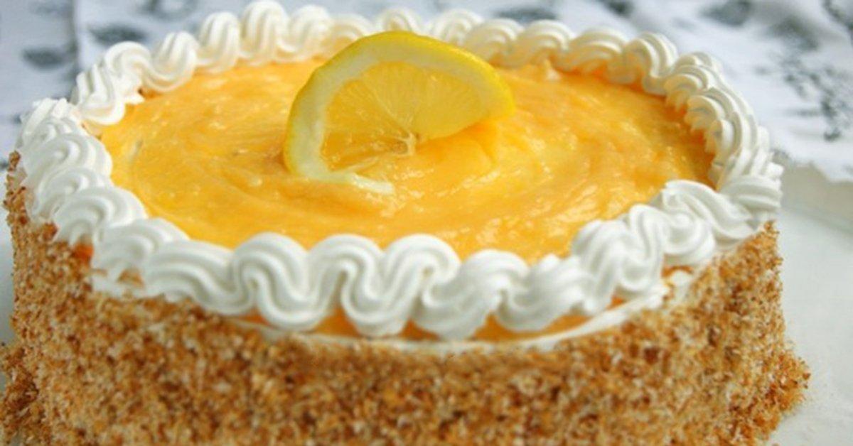 Лимонно-кокосовый торт — десерт, который вызывает настоящую зависимость.