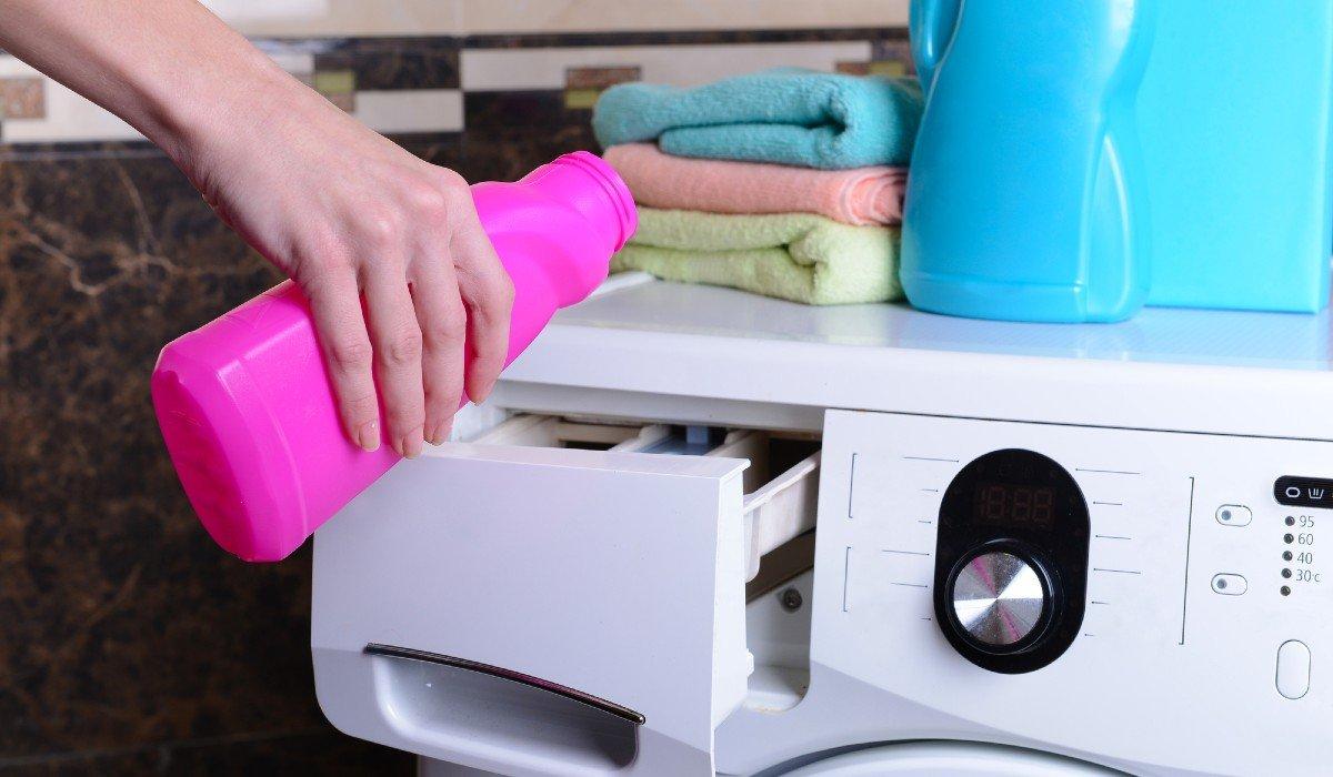 Зачем засыпать соду в лоток стиральной машины