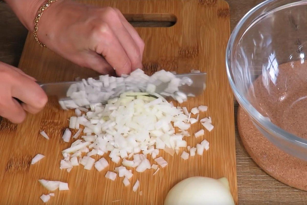 луковые оладьи на кефире