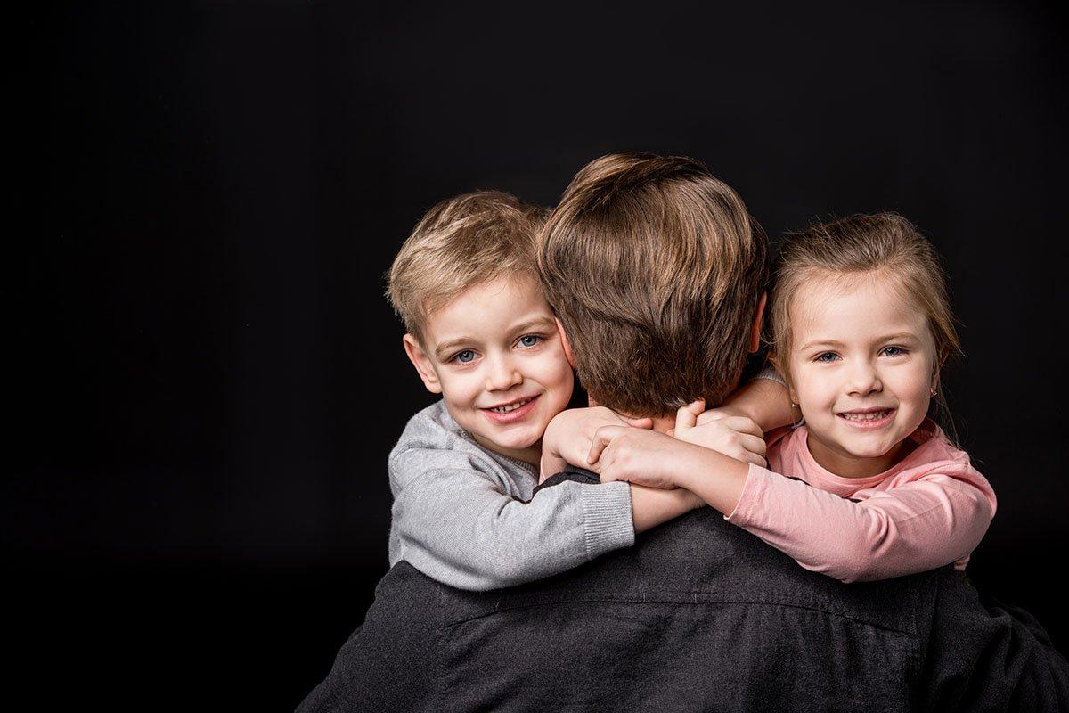 Новая жена брата вскружила мне голову, а ведь я сам женат не первый год брата, своей, очень, моего, женой, просто, давно, детей, наоборот, самый, любовь, изменил, одной, внимание, оказалось, бросить, ветреная, готов, шокировало, девчонка