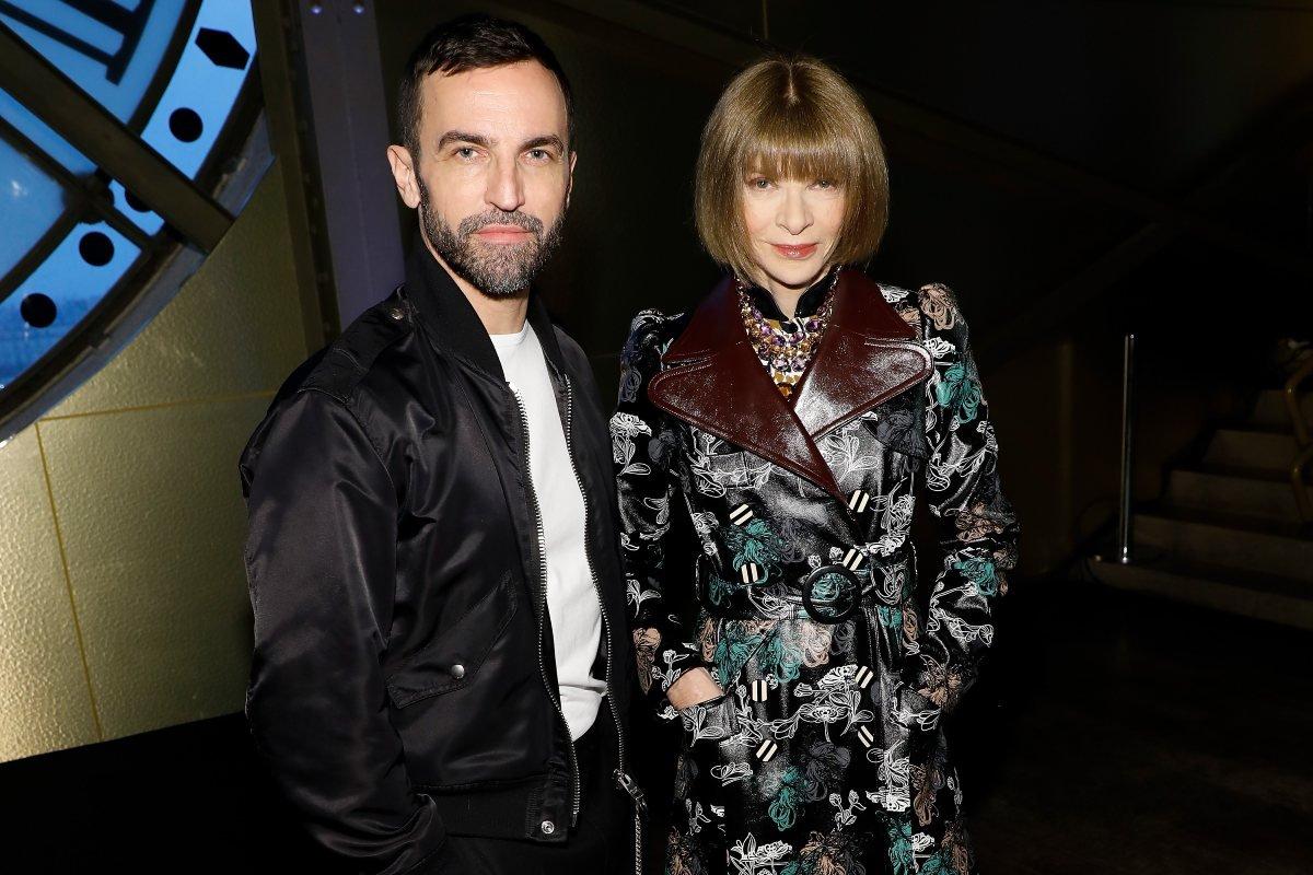 Как одевается Анна Винтур, главный редактор американского Vogue, после расставания с мужем Винтур, InstagramПубликация, Wintour, публикацию, после, статье, Vogue, Шелби, расставания, впервые, весьма, самых, мужем, Брайан, американского, главный, совсем, редактор, быстро, многие