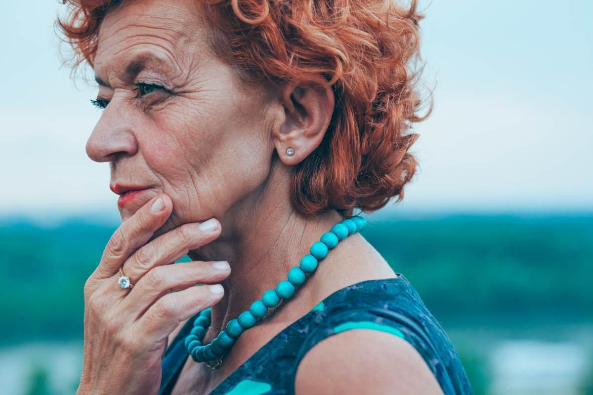 мама повествователя вышла на пенсию
