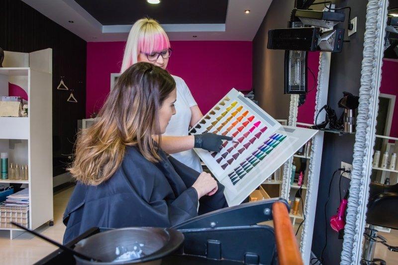 Что сделать с волосами, если они не видели парикмахера пять месяцев