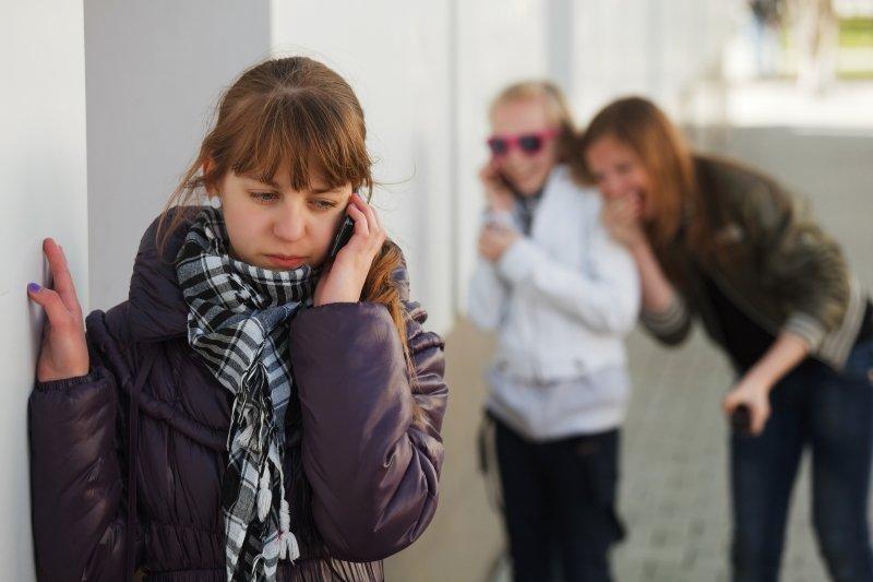 за и против мобильных телефонов в школе