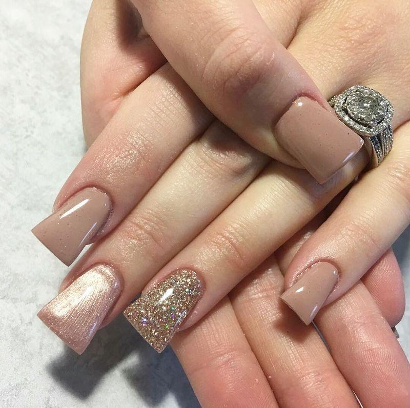 модная форма ногтей