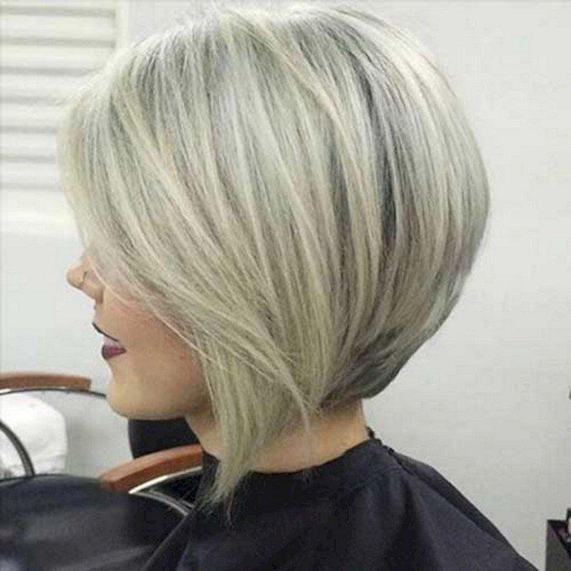 evidențiind blonde