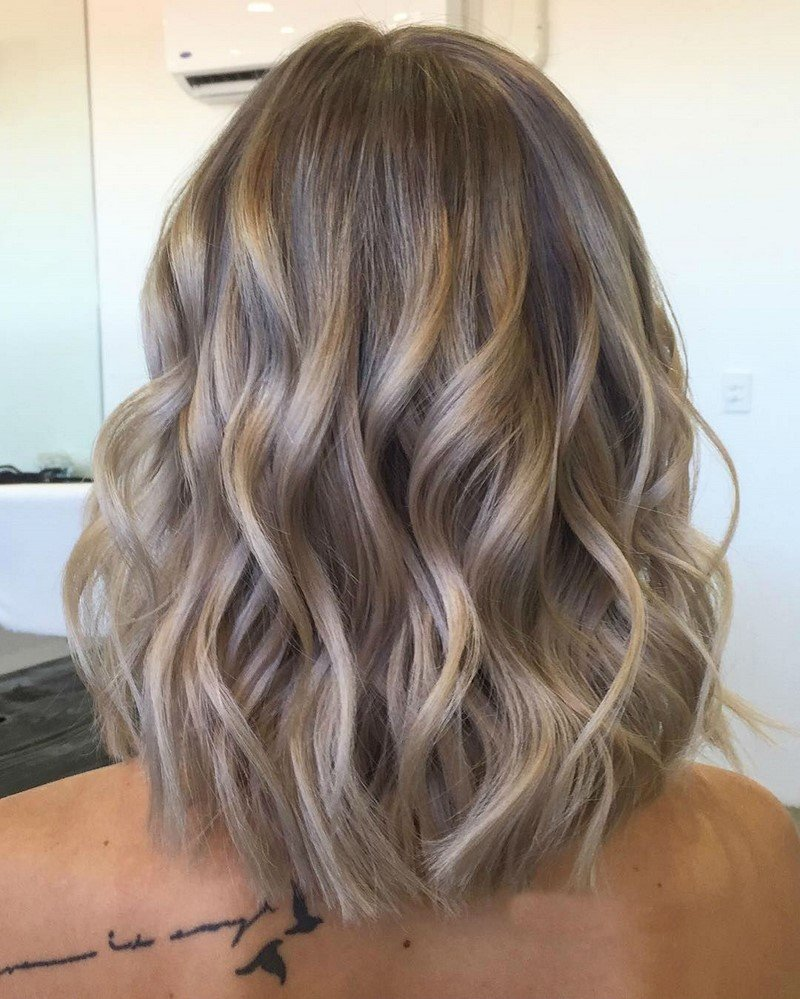părul evidențiază fotografia