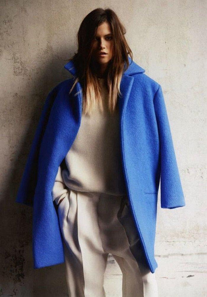 пальто оверсайз и юбка