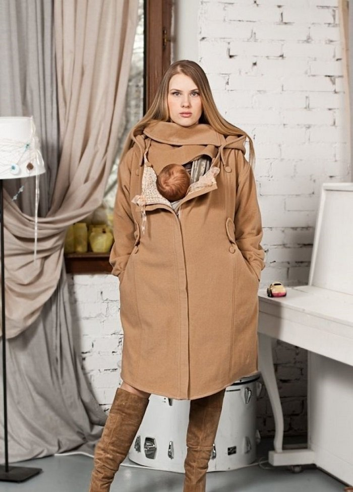 пальто оверсайз и сапоги