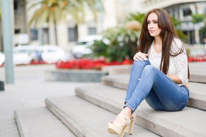 Джинсы — моя слабость: в 2019 году будут модными не только джинсы клеш