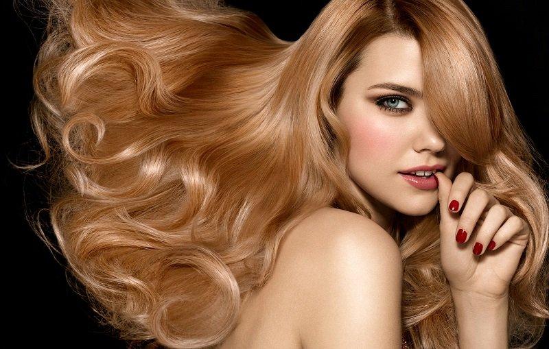 як правильно мити голову щоб не пошкодити волосся