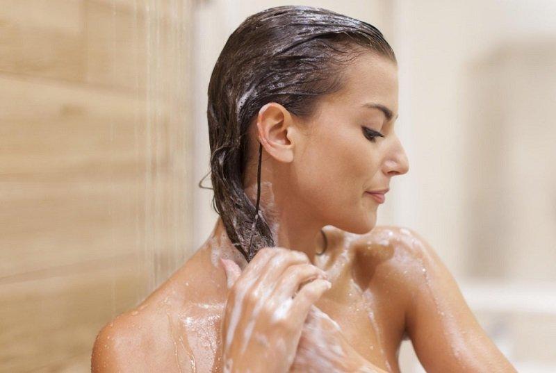 правильно мити голову кожен день