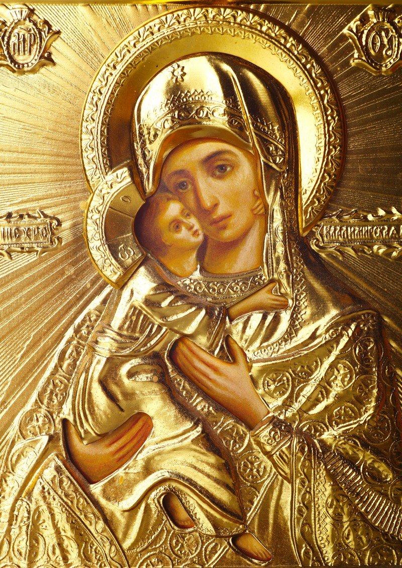 молитва богородице защитная