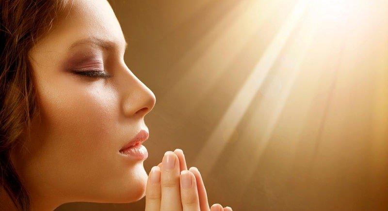 Молитва на любовь мужчины и чтобы привлечь суженого в свою жизнь