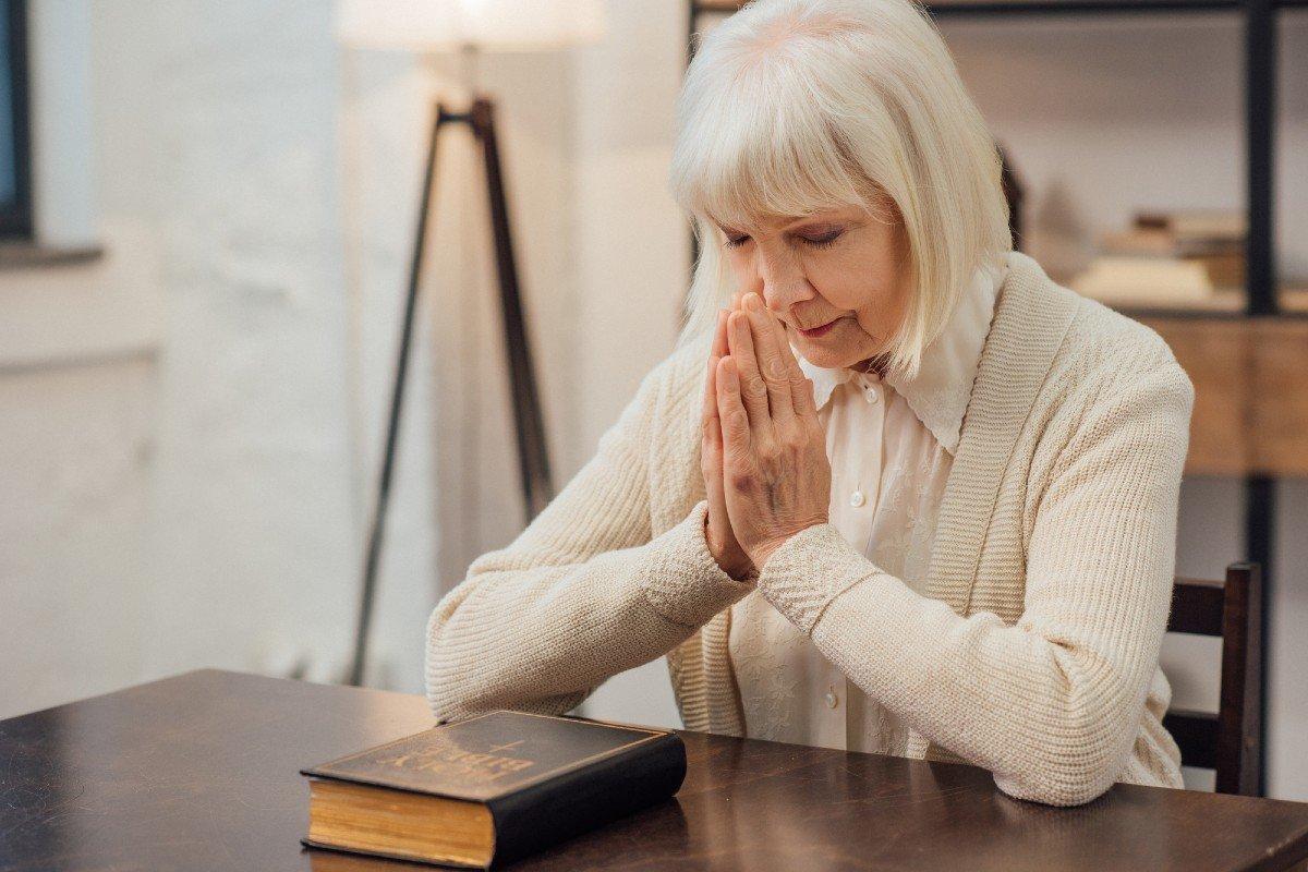 Молитва задержания старца Пансофия для самых тяжелых моментов