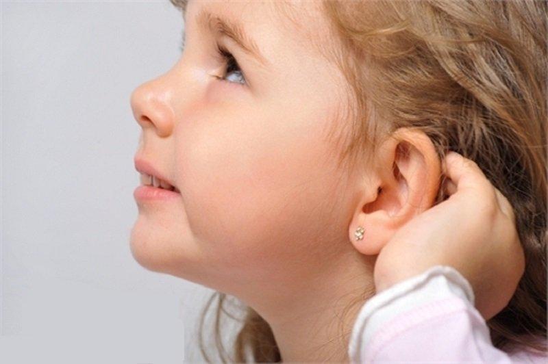 можно ли прокалывать уши