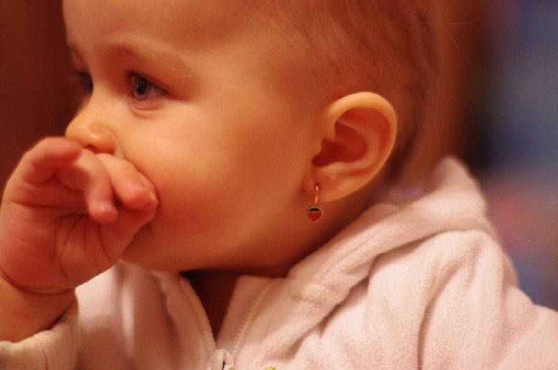 почему нельзя прокалывать уши