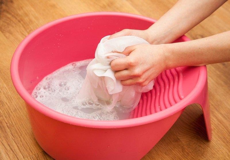 в какой воде лучше стирать вещи