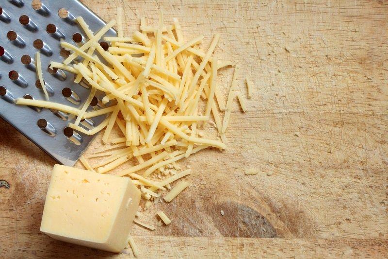 под сыром в духовке