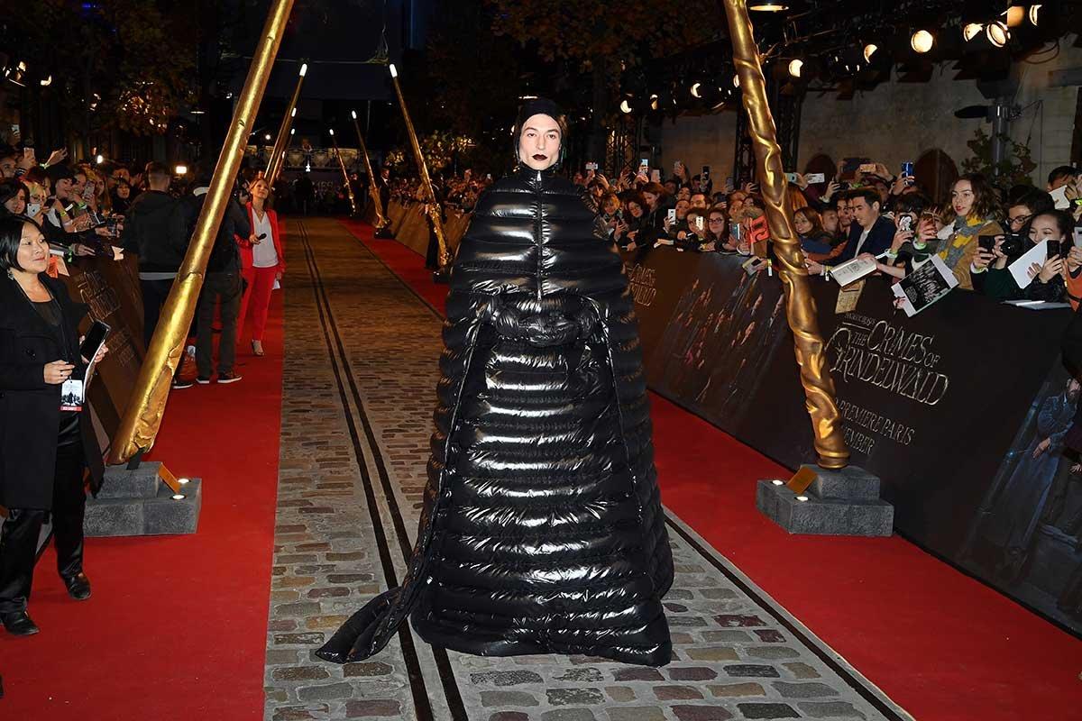 Мужчина в женской одежде: новомодное веяние в мире моды