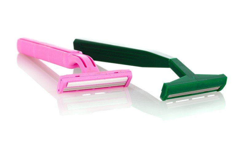 бритье безопасной бритвой