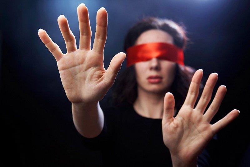 причины ухудшения остроты зрения