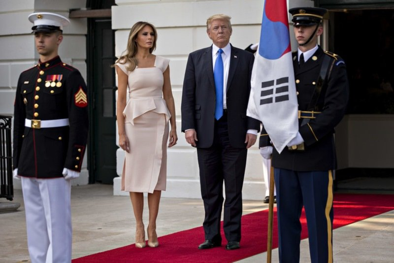 мелания трамп стиль