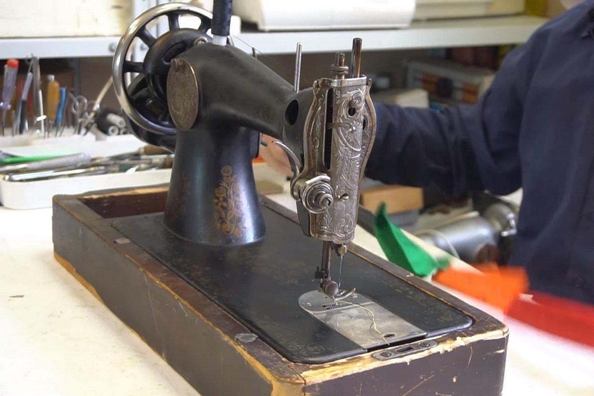 настройка горизонтального челнока швейной машинки
