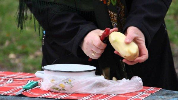 как очистить картофель