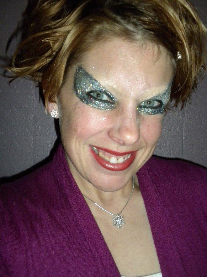 Очень тяжелый макияж