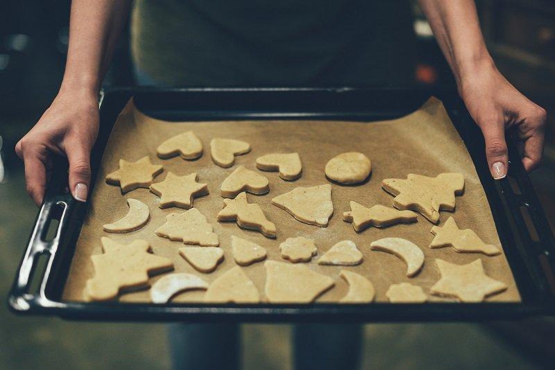 Печенье из коробочки под елкой, что навсегда связано в моем сознании с Новым годом