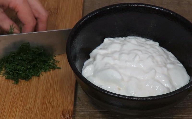 огуречный соус с йогуртом