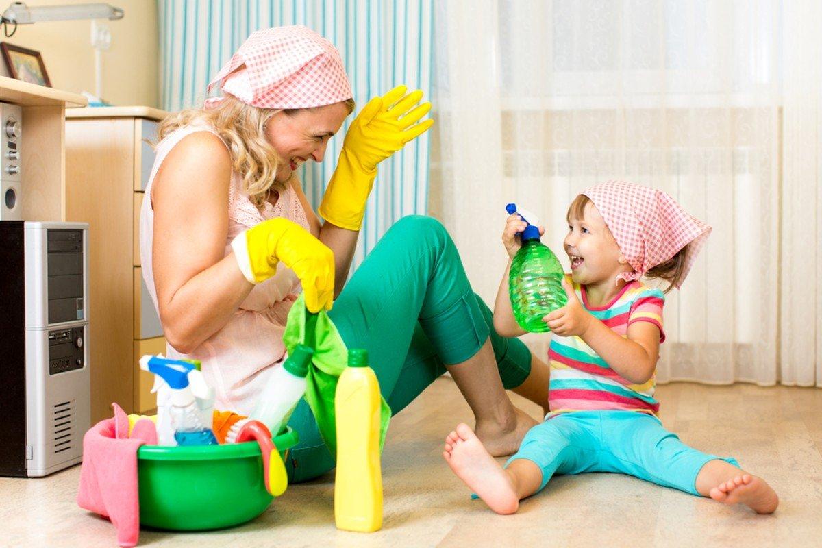 Почему с бабушкой дети ведут себя лучше, чем с мамой В чём подвох? ребенка, рядом, ребенку, поведение, будет, Многие, мамой, ситуациях, авторитет, больше, капризничает, ребенок, просьбы, всегда, нужно, точно, правильно, Именно, своего, должен