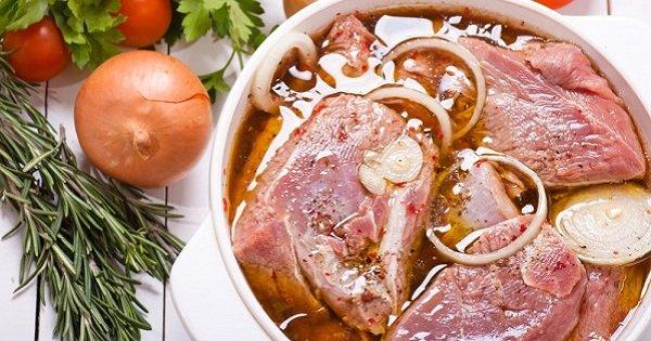Для настоящих любителей шашлыка: 5 лучших рецептов маринада. Мясо просто тает во рту!