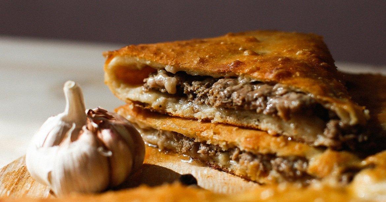 Как готовить осетинский пирог с мясом
