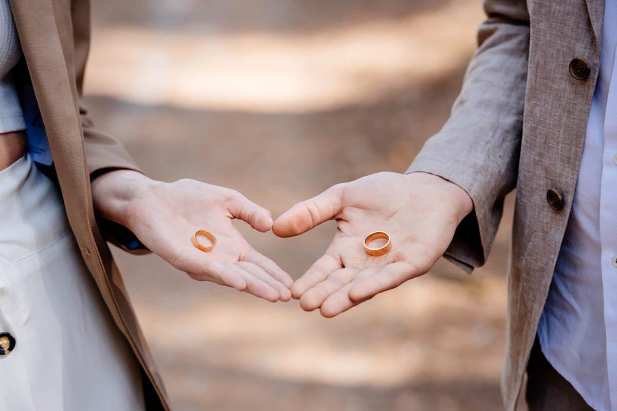 Пакостное сожительство без регистрации брака уже не расстраивает мудрых дам