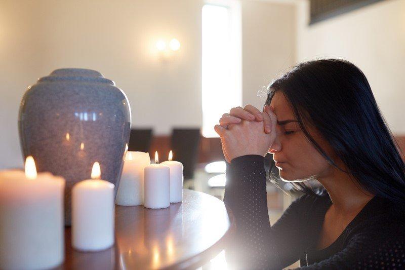 как поминать усопших молитва