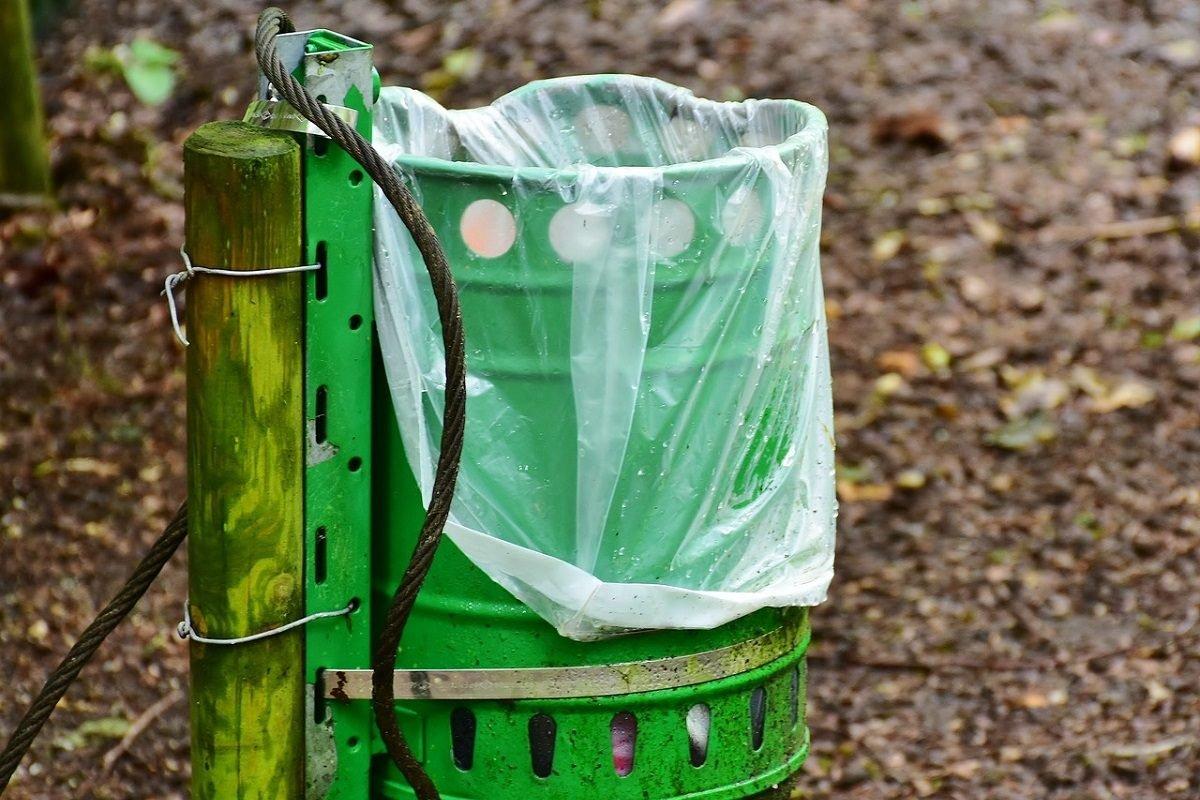 Пакеты для мусора и как правильно ставить их в ведро