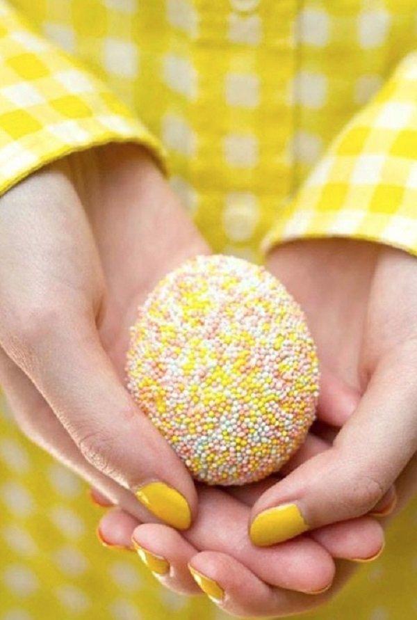 яйца в пасхальной обсыпке