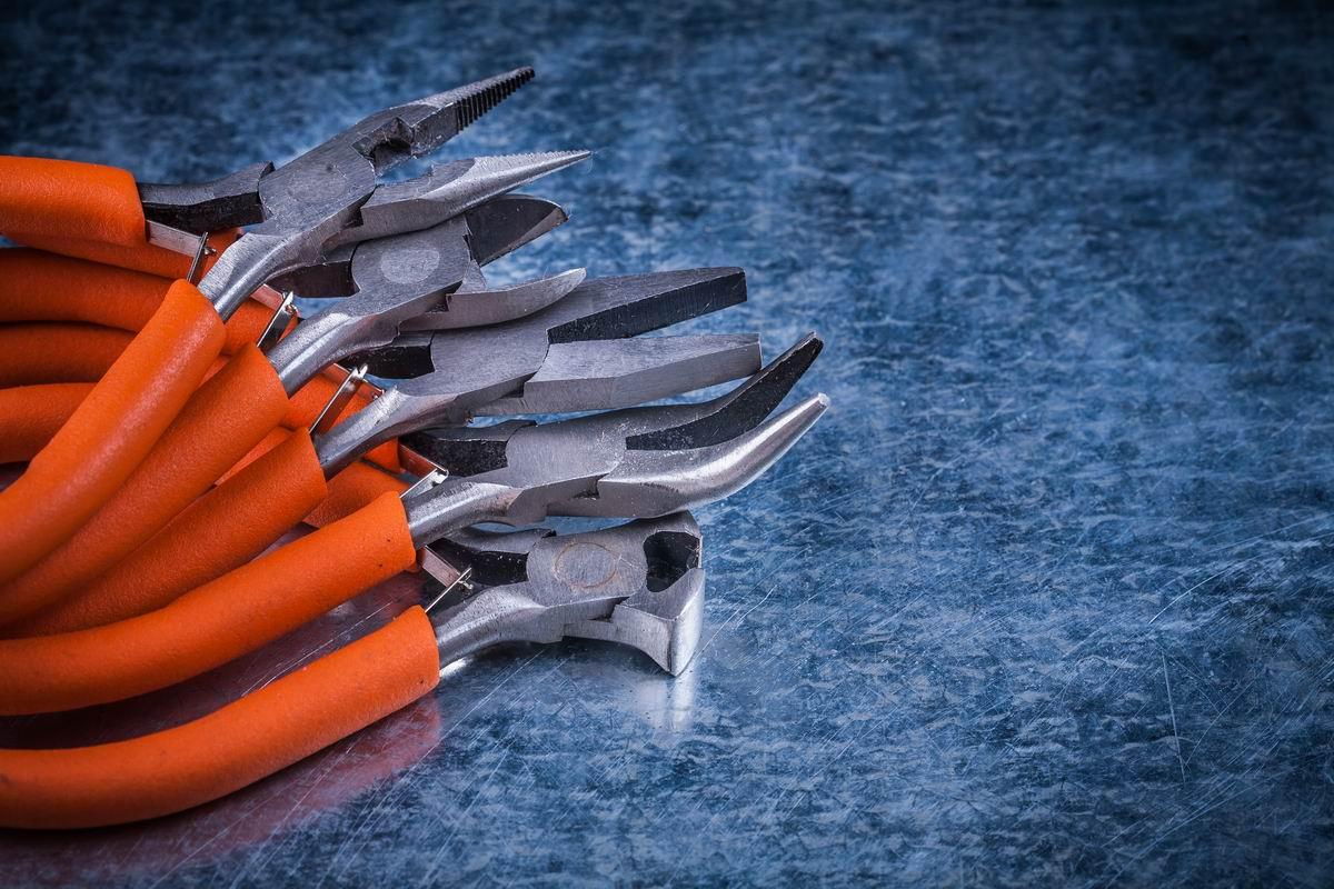 Разница между пассатижами и плоскогубцами, о которой не знал даже работящий столяр имеют, пассатижи, плоскогубцы, Поэтому, плоскогубцами, инструментов, губок, предназначены, губки, впервые, более, инструменты, DepositphotosДля, отличие, позволяет, называть, ручки, круглогубцы, удерживать, пассатижей