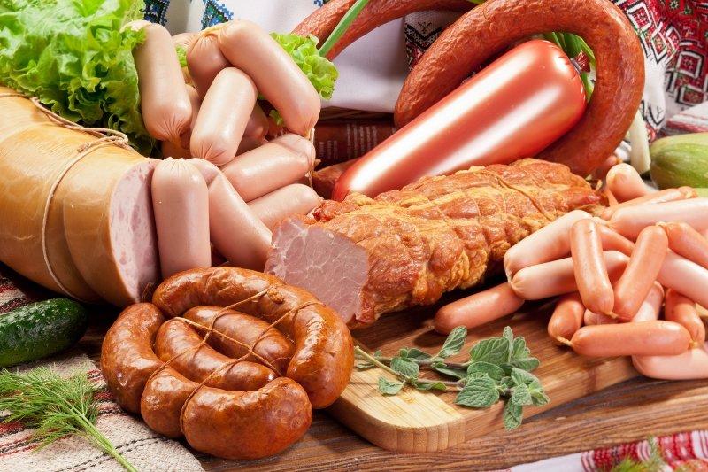 как приготовить домашнюю колбасу правильно